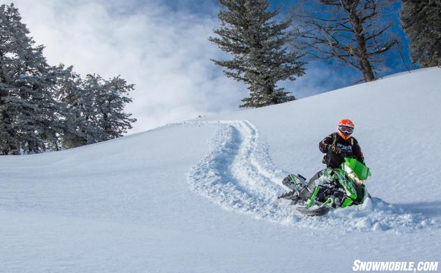 2015 Arctic Cat M8000 Sno Pro Action Downhill