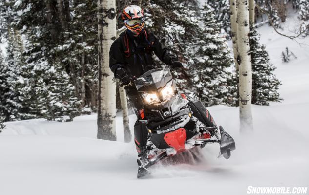 2015 Ski-Doo 800 Summit X T3 Action Front