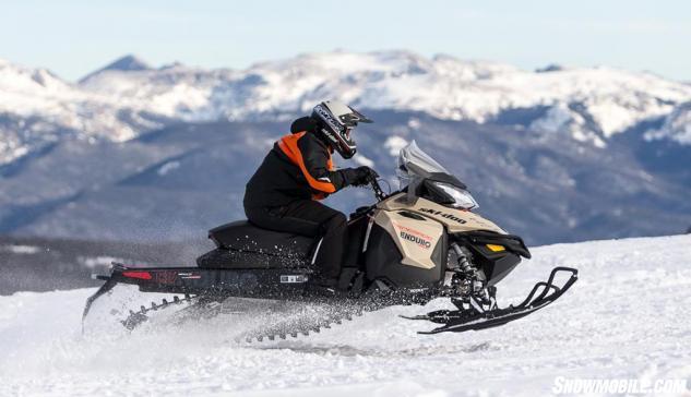 2016 Ski-Doo Renegade Enduro Action