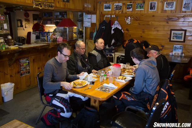 Sportsmans Lodge Dining