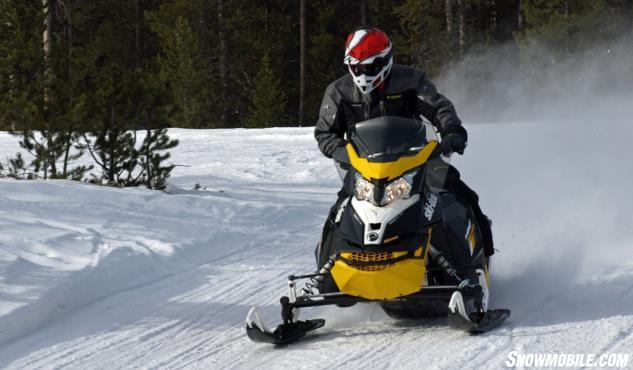 2016 Ski-Doo MXZ Blizzard 800 Action Cornering