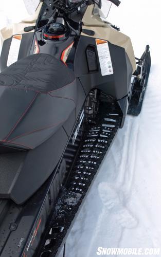 2016 Ski-Doo Enduro 1200 4-TEC Runningbard