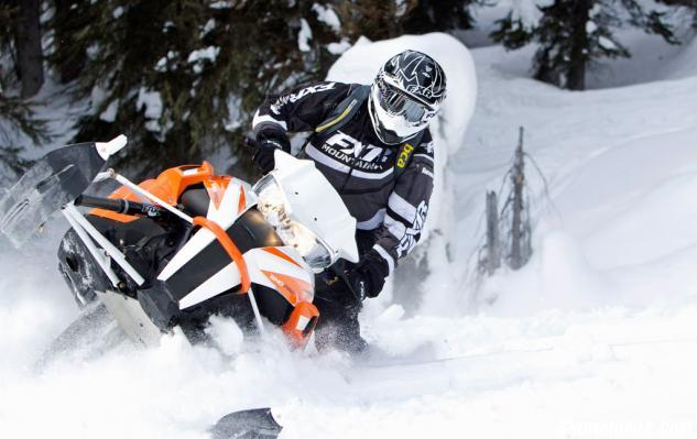 2016 Arctic Cat XF 8000 High Country Action Deep Powder