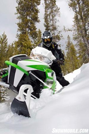 2016 Arctic Cat M8000 Sno Pro SE Action Sidehilling