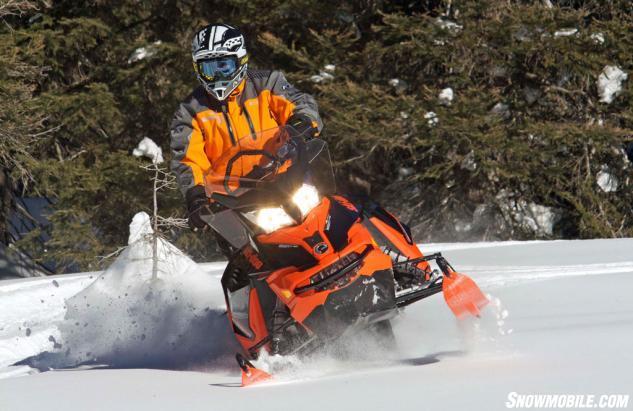 2016 Ski-Doo Renegade Backcountry 800R Action Ski Stance