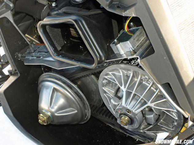 2016 Polaris 550 Indy Voyageur 144 Drive Clutching