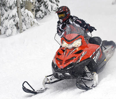 2009 Polaris Turbo Switchback Review - Snowmobile com