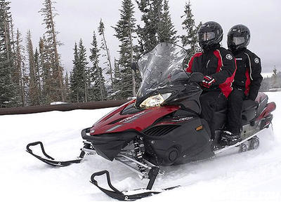 Venture GT riders tour with rider-forward ergonomics.