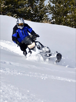 2013 Yamaha Phazer MTX cutting a sidehill