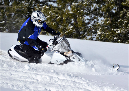 2013 Yamaha Phazer MTX nosing into powder downhill
