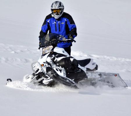 2013 Yamaha Phazer MTX sidehilling in powder