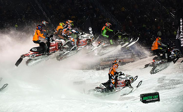 Snocross Action from Chicago