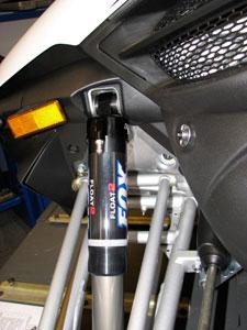 Front Fox Air Shocks on Yamaha Apex SE