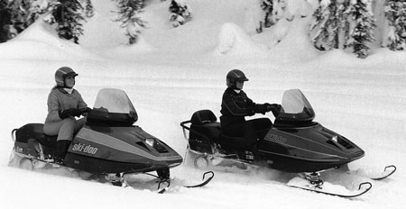 State of the art in 1987 meant Positive Steering Suspension for the new Ski-Doo Stratos (left) and two-up Escapade.