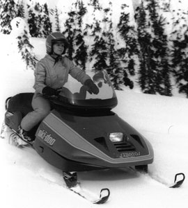 The 1987 Ski-Doo Stratos offered one-up comfort and easy steering.