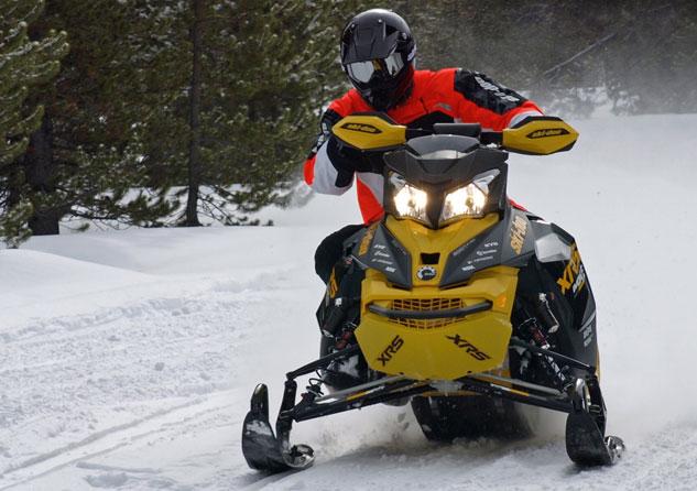 2016 Ski-Doo MXZ Blizzard
