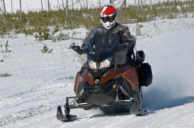 Ski-Doo Grand Touring SE