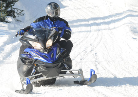 The 2011 Yamaha Apex SE is the first trail sled with an all-air suspension. The ride is one of the best Yamaha has ever produced.